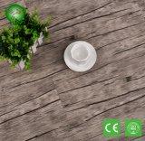 Fabrication d'un sol en vinyl vinylique auto-adhésif largement utilisé