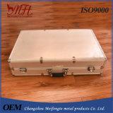 Casella di alluminio professionale con lo strumento