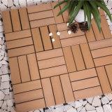 Mattonelle di plastica di Decking della pavimentazione del materiale da costruzione per la decorazione