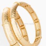 Het punk Goud van de Armband van het Meisje van de Juwelen van Vrouwen Vlotte plateerde eenvoudig Brede Armband