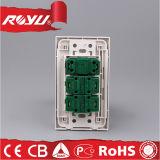 Гнездо электропитания 3 Pin всеобщей переключенное стеной