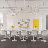 현대 고아한 튤립 의자 및 회귀 의자 식사