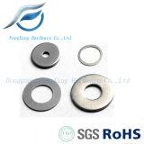 Dispositifs de fixation en laiton plats ronds de matériel de rondelle