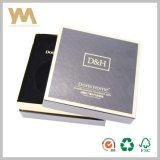 Rectángulo de regalo de papel rígido cosmético de la insignia de encargo de lujo con EVA