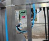 L'elastico lega la macchina con un nastro di Dyeing&Finishing con Ce