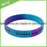 Kundenspezifisches Silikon-Armband mit Farbe Filledin