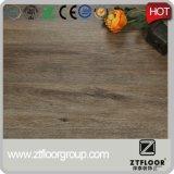 Plancher imperméable à l'eau de vinyle de plancher de PVC de plancher de Lvt de cliquetis d'Unilin
