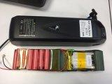 Bloco novo da bateria de lítio do estilo 52V 17ah 14s5p de Hailong com o carregador de 58.8V 4A
