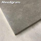 La última calidad de Lappato del diseño garantizó la línea oblicua gris azulejos de suelo no esmaltados mirada de la porcelana del resbalón del mármol