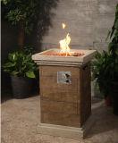 Pozzo di legno esterno del fuoco di gas della colonna di sguardo
