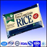 De gerecycleerde Rijst doet Materiaal in zakken