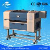 Поставщик Jinan Китая профессиональный для автомата для резки гравировки лазера СО2 CNC хоббиа миниого