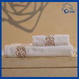 100%の500GSMホテルの浴室タオル(QSA6612)