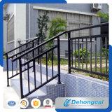 Belle barrière d'escalier en fer forgé