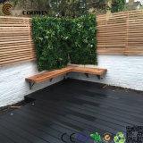 Revestimento de madeira ao ar livre cinzento composto