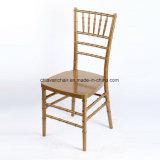 Cadeiras do partido de Chiavari da resina do policarbonato da cor do ouro