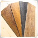 Suelo lujoso moderno del PVC de madera