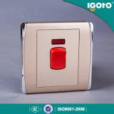 Commutateur électrique de mur de chauffe-eau de bouton poussoir de la norme britannique 45A d'Igoto