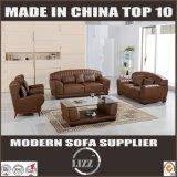 ホーム装飾者の本革のソファーの居間の家具