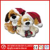 Горячий плюшевый медвежонок рождества плюша сбывания с носками