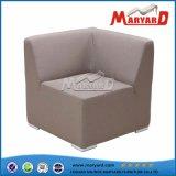 Sofá al aire libre de los muebles impermeables del jardín