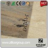 Type en plastique de plancher et plancher matériel de PVC de PVC