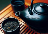Goldener fungöser dunkler Tee
