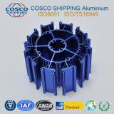 Profil en aluminium pour le radiateur avec l'anodisation et l'usinage bleus