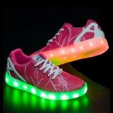 Het aangepaste Schoenen van de van het Hoofd patroon van de Donder Licht van de Productie van de Fabrikant van China van Vrouwen op LEIDENE Schoenen