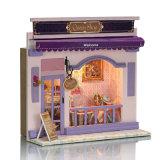 Mini loja europeia de brinquedos de madeira