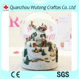 Выполненный на заказ дешевый глобус снежка нот рождества смолаы