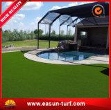 Erba artificiale di paesaggio per la decorazione del raggruppamento