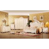 Het klassieke Meubilair van de Slaapkamer dat met Antieke Bed en Garderobe (W809) wordt geplaatst