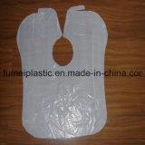 Delantal plástico de los delantales plásticos disponibles para los adultos