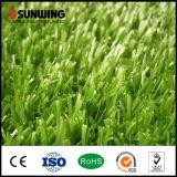 Alfombras artificiales residenciales de la hierba del PPE del bajo costo para ajardinar el jardín
