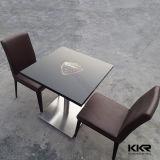 Tabella pranzante di pietra artificiale della mobilia moderna di alta qualità con il marchio 170103