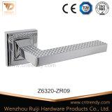 Traitement de levier de porte intérieure de fabrication de Wenzhou pour la chambre à coucher (Z6320-ZR09)