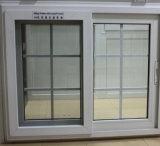 Bon PVC Windows et portes de vinyle de Qualitu avec le guichet de glissement de la moustiquaire UPVC
