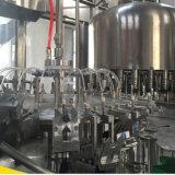 Máquina de rellenar del agua mineral de la botella
