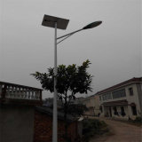 DIP caldo Galvanized 4m Solar Lamp Post Prices di Steel Pali