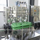 Latta di birra automatica standard del Ce che risciacqua la macchina di riempimento di sigillamento