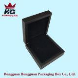 La boîte-cadeau de Wooen pour le bijou