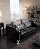 Sofa en cuir neuf de Chesterfield Lizz avec le bouton en cristal