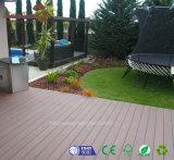 Preiswerte Qualitäts-hölzerner Korn-Kratzer-BeweisWPC Ipe Decking für Fußboden