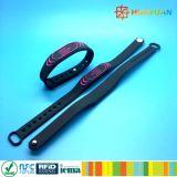 Wristband rewearable classico del silicone del braccialetto RFID di programma MIFARE EV1 1K