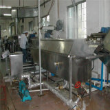 La patata fresca de China frita saltara la línea de la producción alimentaria