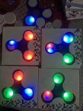 De kleurrijke AntiSpinner van de Hand van de Gyroscoop van de Vinger van de Gloed van de Fluorescentie van de Spanning voor het Volwassen Intelligente Stuk speelgoed van Kinderen