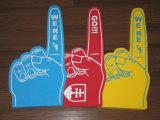 Одна рука пены перста с логосом клиента
