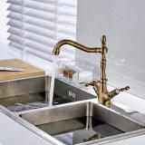 Lavabo di verdure dei rubinetti di Flg 360 gradi che girano per la cucina
