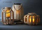 Oggetto d'antiquariato unico misero con la maniglia delle lanterne di bambù fredde